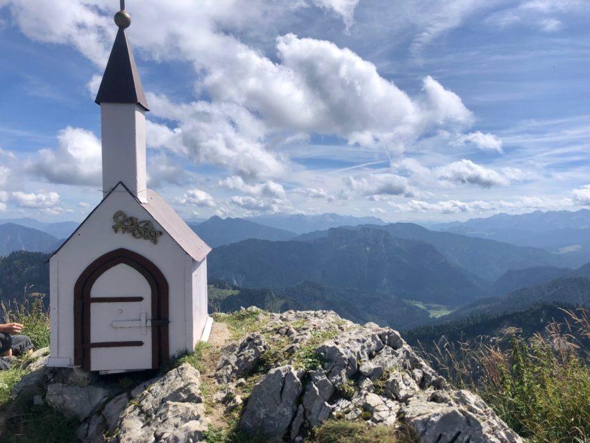 Kapelle auf dem Gipfel des Hochgern